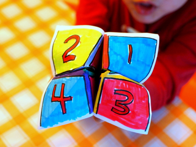 """""""When I Grow Up"""" Activity- Make Fortune tellers with preschoolers- Easy activity with printable too!"""