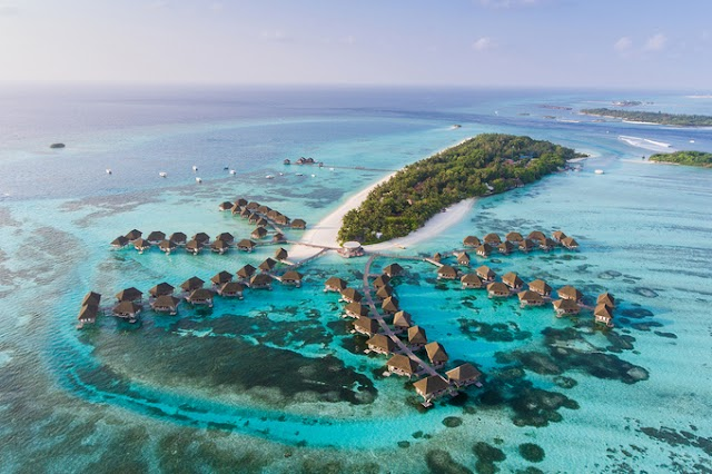 Maldives - a step away from 'paradise'
