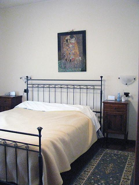 HS - MASTER BEDROOM