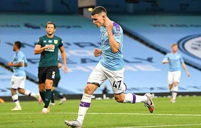 Video Man City 5-0 Burnley: Đại tiệc 5 bàn thắng & 2 cú đúp