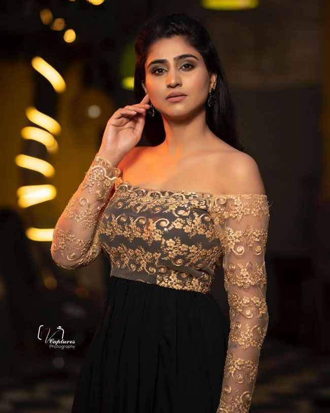 Actors Gallery: Varshini Sounderajan latest Pictures