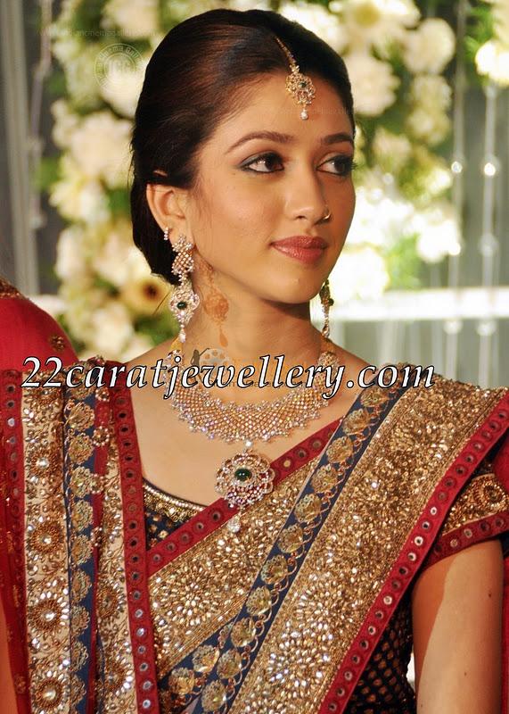 Amal Sufiya in Diamond Wedding Necklace