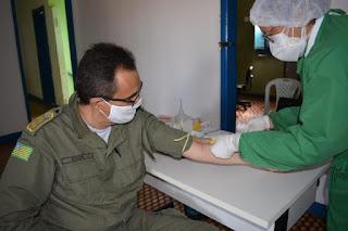 Saúde realiza testes rápidos de Covid-19 em policiais militares de Oeiras