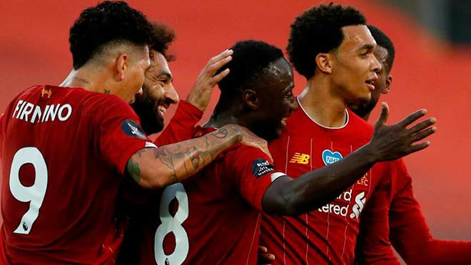 Video Liverpool - Chelsea: Tuôn trào 8 bàn, tưng bừng nâng cúp
