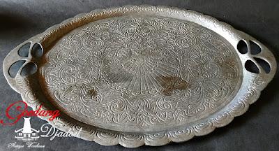 nampan antik