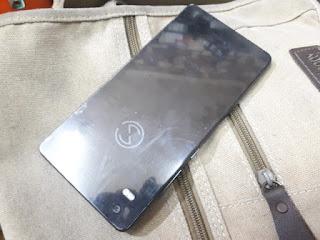Hape Anti Sadap Blackphone BP2 Seken 4G LTE RAM 3GB PrivateOS Android