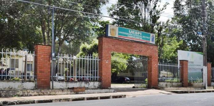 0d65b6eda3 Universidade Estadual do Piauí abre seleção para professor formador e  assistente