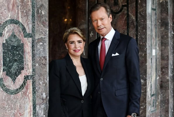 Grand Duchess Maria Teresa wore a new black open sleeves lace trimmet viscose crepe jacket from Alexander McQueen