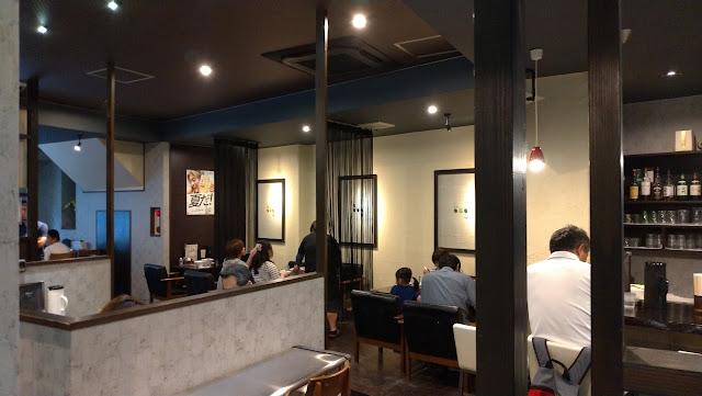 長崎市 ラーメン 麺屋富貴の店内