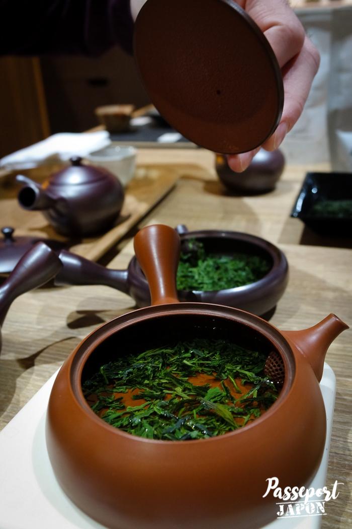 Théière et infusion, atelier Thés du Japon, Yanaka, Tokyo