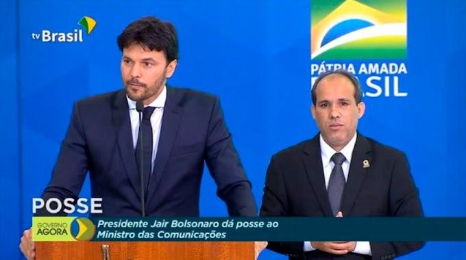 Fábio Faria assume o Ministério da Comunicações com elogios à internet