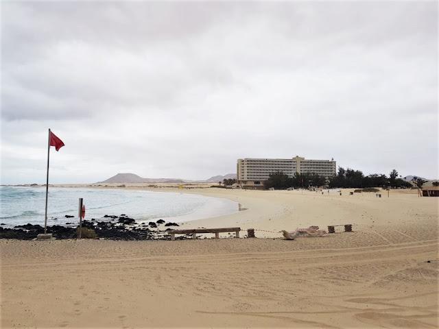 Grandes%2BPlayas%2Bvac%25C3%25ADas - Fuerteventura.- Ayuntamiento de La Oliva asiste al sector turístico para facilitar el regreso a casa de los turistas