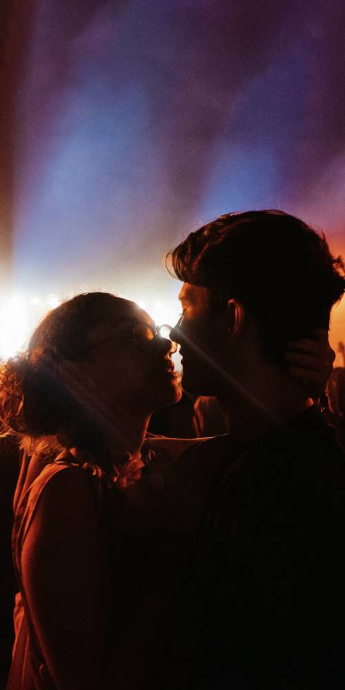 ambiente de leitura carlos romero conto antonio morais beijo imaturidade romance amizade campina grande primeira vez timidez namoro flerte desilusão