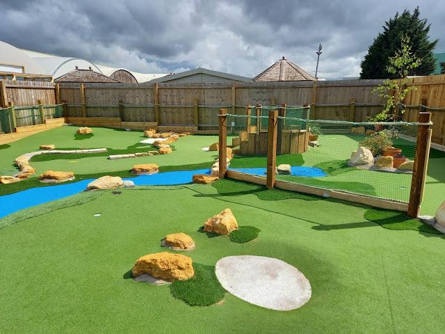 Aces Minigolf at Dobbies Garden Centre in Gloucester