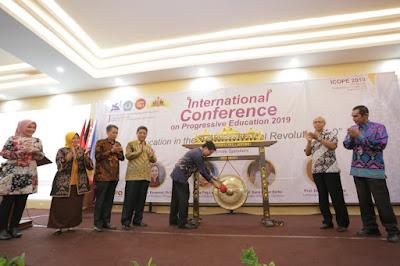 FKIP Universitas Lampung Selenggarakan Internasional Conference on Progressive Education 2019