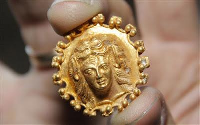 Ανακαλύφθηκε θησαυρός αρχαίων Ελλήνων!!! ~ Δείτε φωτό