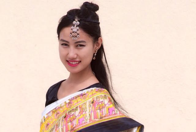 How to wear a saree Gujarati style^^
