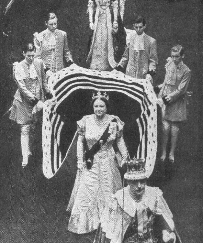 Casas Y Familias Reales Reino Unido Coronacion Reina Isabel Ii