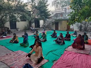 पतंजलि योगपीठ महिला समिति द्वारा पांच दिवसीय निःशुल्क योग शिविर सम्पन्न