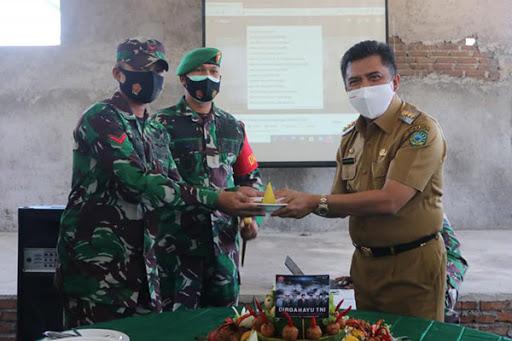 HUT ke-75 TNI di Maros