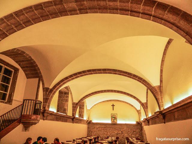 efeitório medieval da Hospedaria San Martín Pinário, em Santiago de Compostela