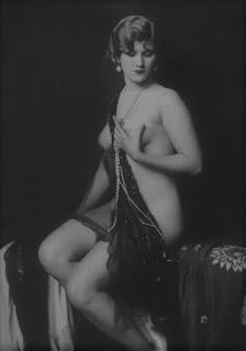 Frieda Mierse Nude