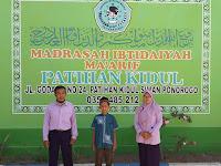Wildhan Neno Herlambang dari MIS Ma'arif Patihan kidul Raih juara 1 komite Sains Madrasah tingkat kabupaten Ponorogo