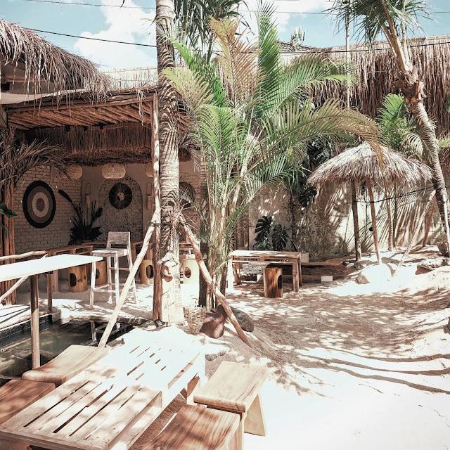 Cafe Hits di Bandung Ala Bali Terbaru