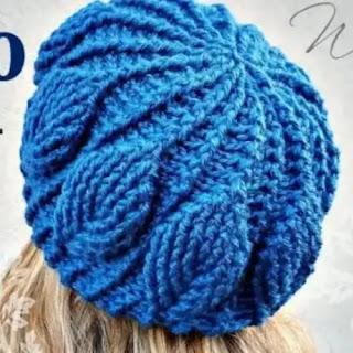 Gorro Hojas 3D a Crochet