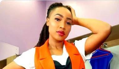 Miss Katiwa photos with COVID-19