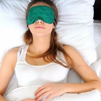 5 τρόποι να κοιμηθείς ξανά όταν ξυπνάς στη διάρκεια της νύχτας