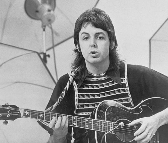 Paul McCartney's minimalist approach to acoustic guitar