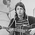 Paul McCartney's minimalist approach to acoustic guitar
