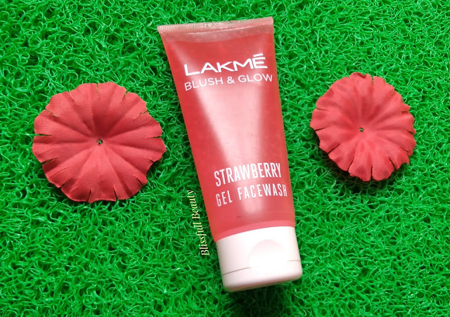 Lakme  Blush & glow Strawery Gel Facewash Review
