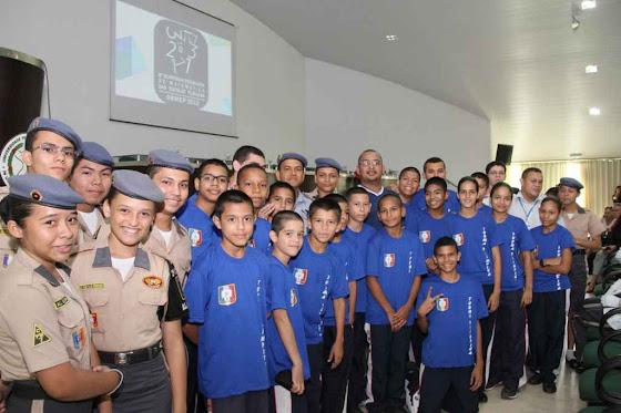 Estudantes e professores da rede pública estadual são premiados na 8ª edição das Olimpíadas Brasileiras de Matemática.