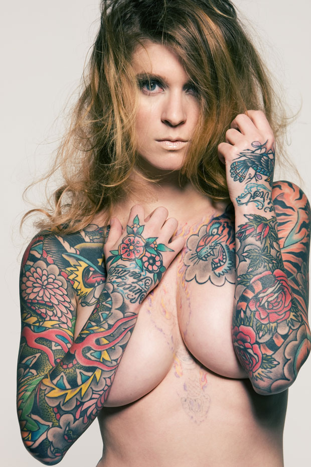 Hot Women With Tats