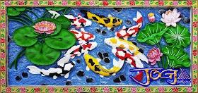 Relief sembilan ikan koi gambar timbul