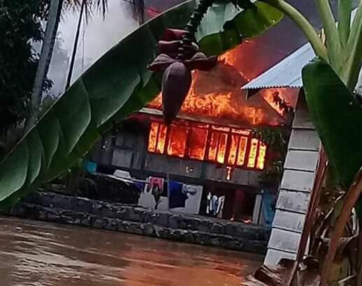 Karena Tungku Keran, Tiga Rumah Terbakar