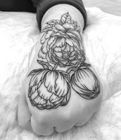 татуировка на кулаке