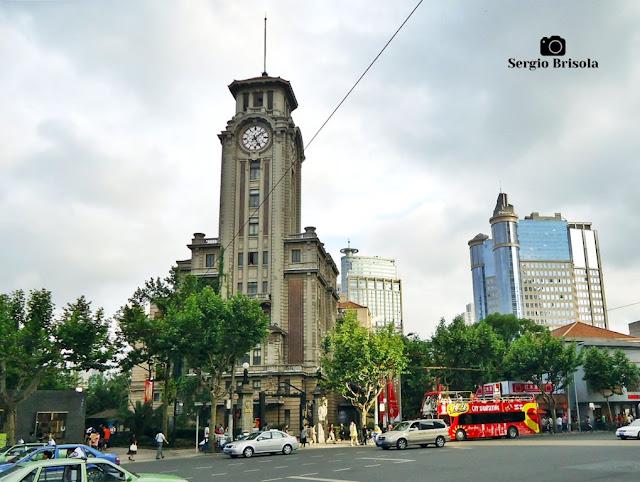 Shanghai Art Museum (landscape)
