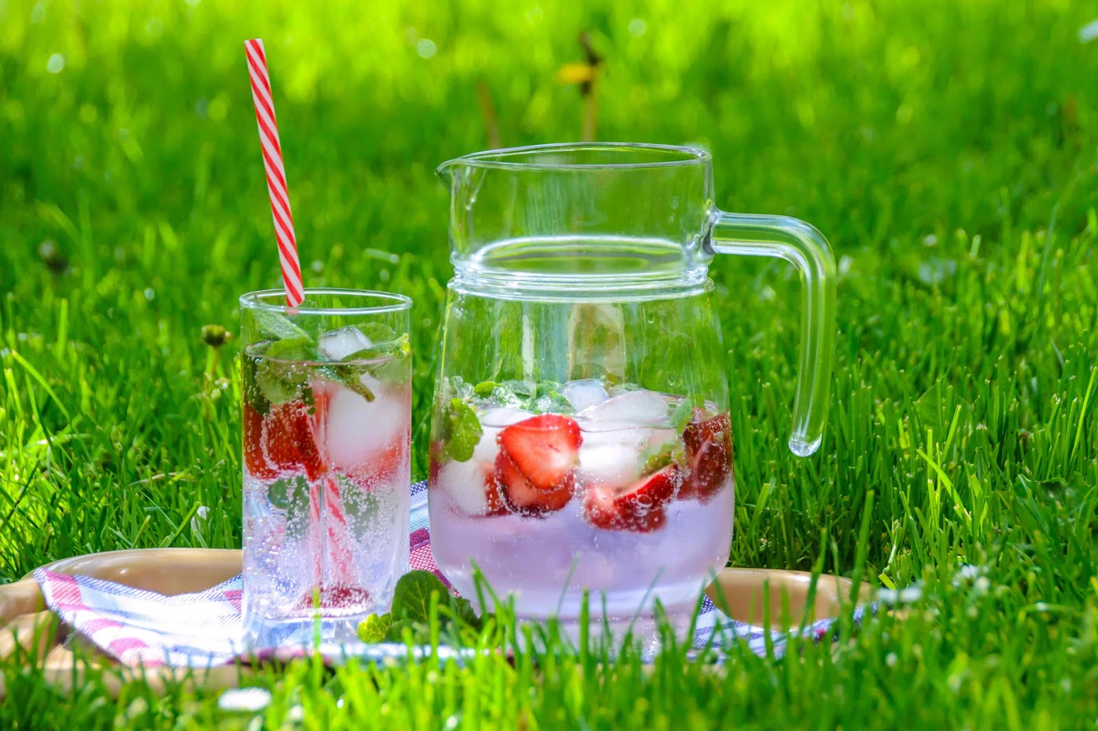 5 Best summer detox water to burn fat faster