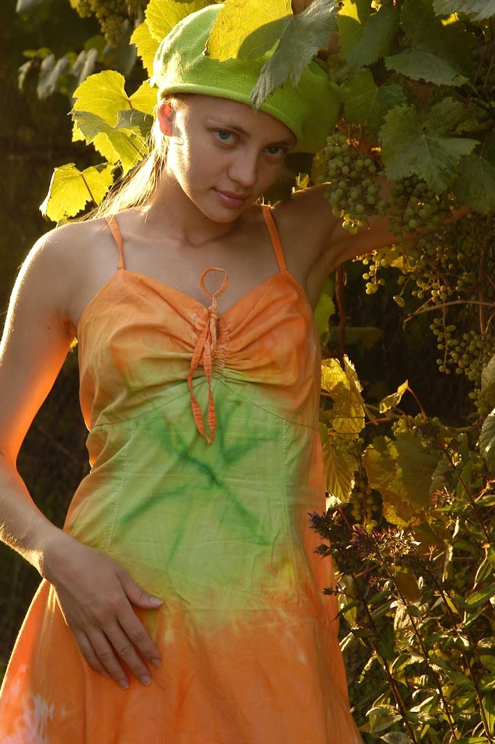 20050930_-_Olya_M_-_Solium_-_by_Natasha_Schon.zip.MET-ART_nt_22_0074 Met-Art 20051001 - Erin C - Flower - by Anais Demois