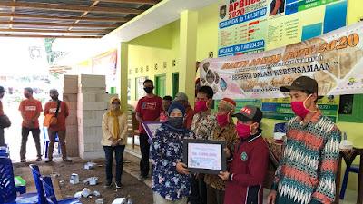 Dinas Dinperkimtan Kabupaten Purworejo dan MOP (mbangun Omah Purworejo) Kunjungi Korban Bencana Alam di Kalijering