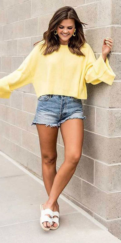 kickstart this season with these 24 charming street style summer fashion ideas. Summer Outfits via higiggle.com | shorts | #streetstyle #summeroutfits #fashion