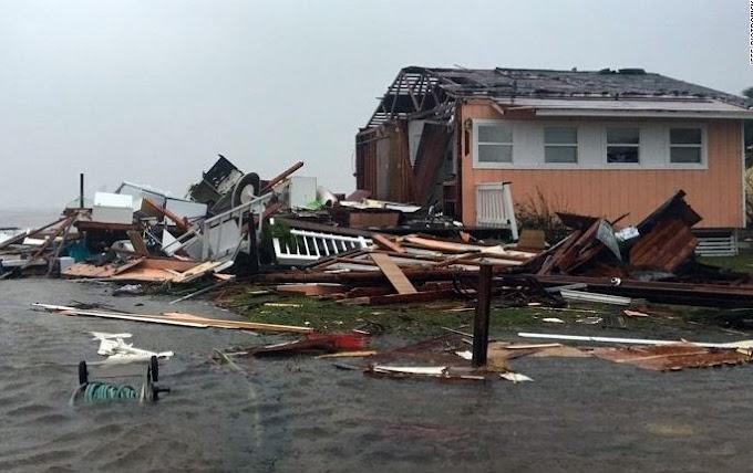 #HurricaneHarvey leaves huge wreckage in Texas, kills at least One (Photos)