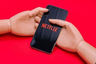 Netflix se junta a outros streamings e vai diminuir qualidade no Brasil