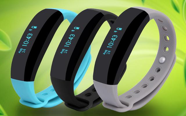[Análisis] La Cubot V2 es una pulsera de fitness con complejo de smartwatch