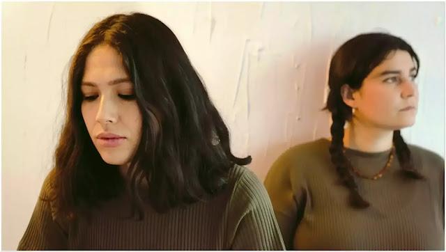 """Marineros adelanta su segundo álbum con el sencillo """"Rosas"""" musica chilena música chilena"""