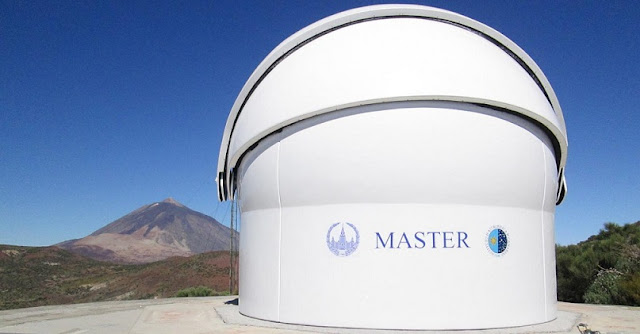 The MASTER robotic telescope in the Canary Islands discovered for the first time polarization of intrinsic radiation of gamma-ray bursts on June 25, 2016. Tenerife. Teide Observatory of the Instituto de Astrofísica de Canarias (Spain). Credit: Vladimir Lipunov