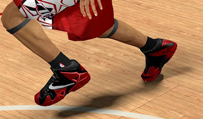NBA 2K13 Nike LeBron 11 (Red and Black)